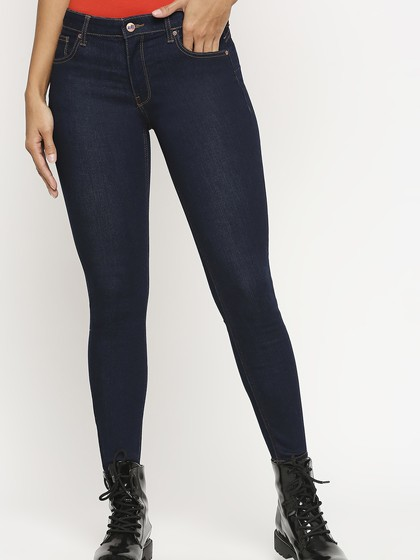 Product Image for Montreal Rinse Blue Push Up Jeans